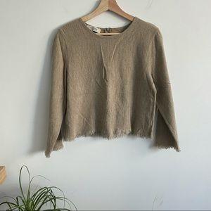 Vintage - Beige Raw Hem Sweater